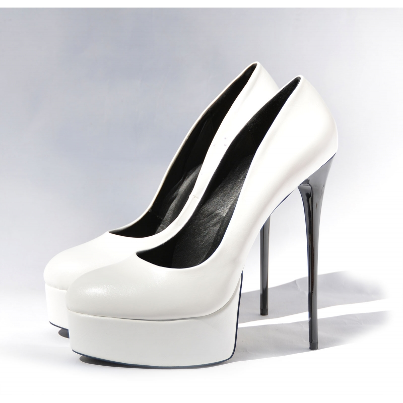 GALANA white classy and fabulous high heel pumps