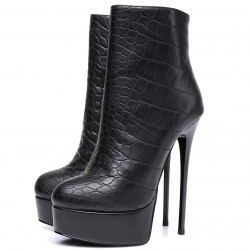 GALANA crock style ankle high boots