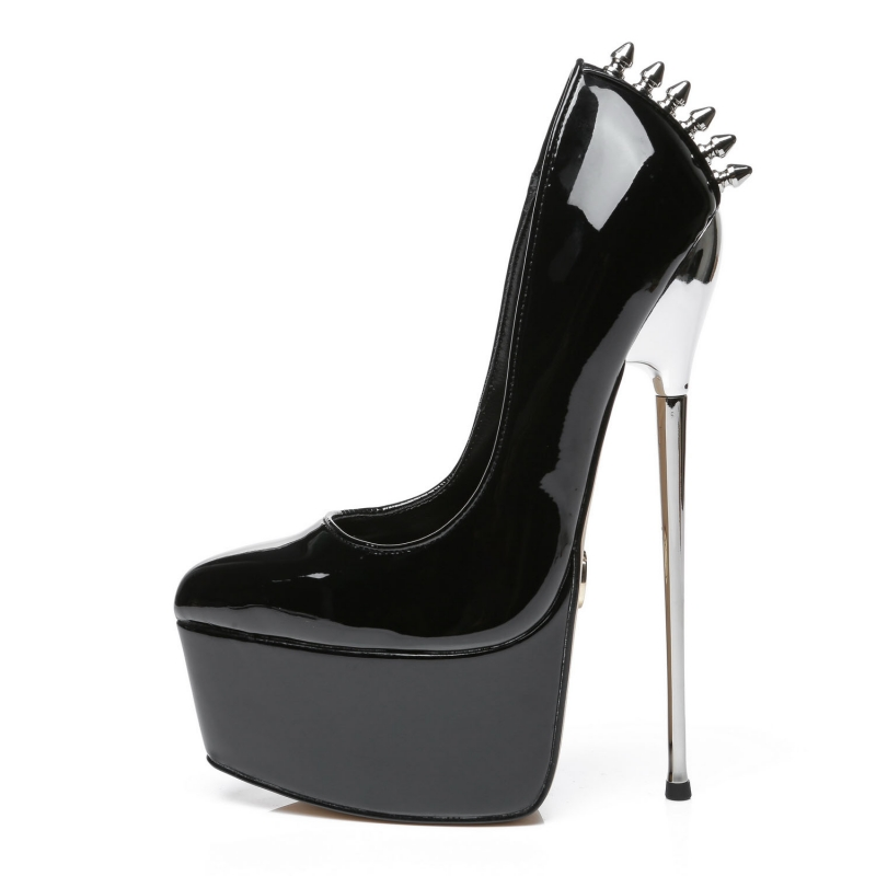 Slick EMPIRE black shiny extremely high pumps with silver stiletto and rivets